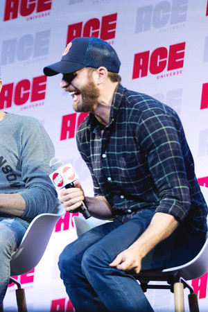 Chris Evans at Ace Comic Con Seattle June 29, 2019
