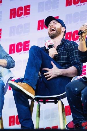 Chris Evans at Ace Comic Con Seattle June 29, 2019