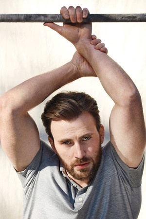Chris Evans oleh Mark Segal — Esquire Magazine