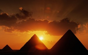 GIZA EGYPT SUNSET