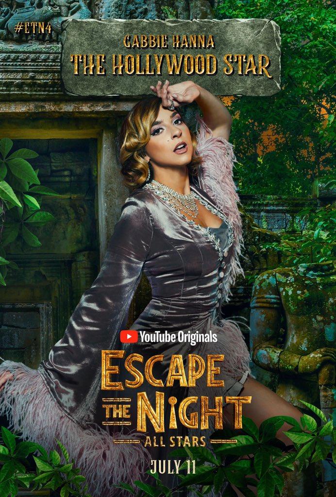 Gabbie Hanna - The Hollywood Star - Escape the Night Photo (42858299