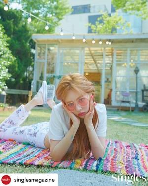 Hyuna Singles 2019