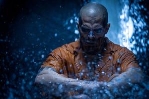 नीलकंठ, जय, जे Hernandez as El Diablo