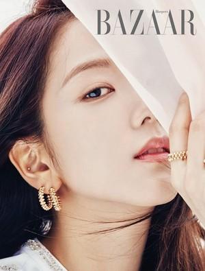 Jisoo for Harpers Bazaar Korea Magazine May 2019 Issue