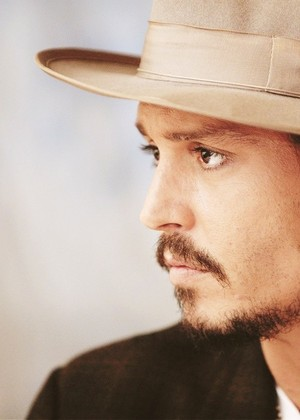 Johnny 💛