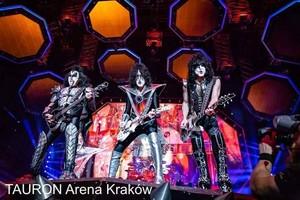 Ciuman ~Kraków, Poland...June 18, 2019 (Tauron Arena Kraków)