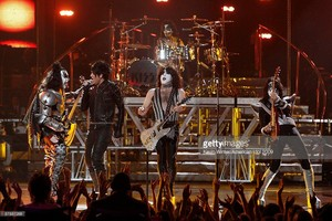 KISS w/Adam Lambert ~American Idol...May 20, 2009