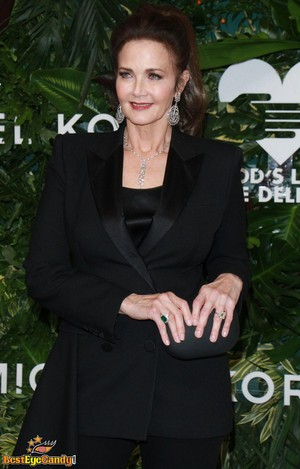 Lynda Carter (2017)