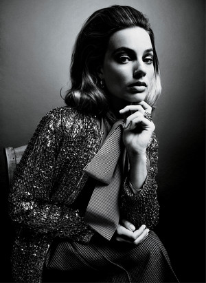 Margot Robbie - Vogue Photoshoot - 2019