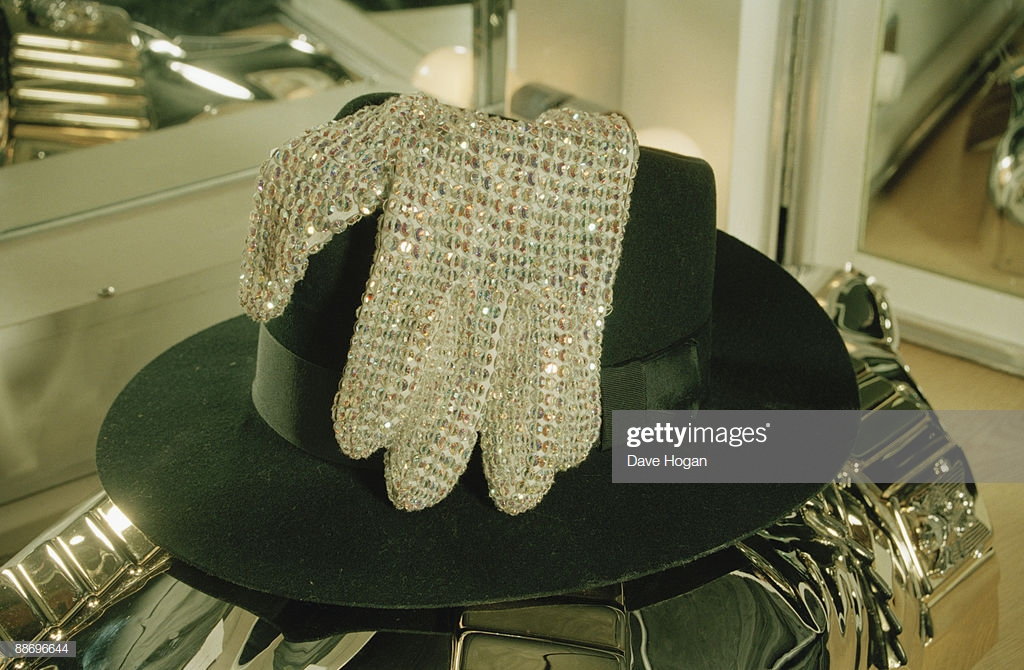 """Michael""""s Trademark Hat And glab"""