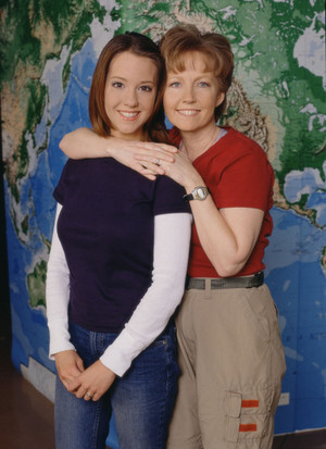 Nancy Lundgren Hoyt and Emily Hoyt (The Amazing Race 1)
