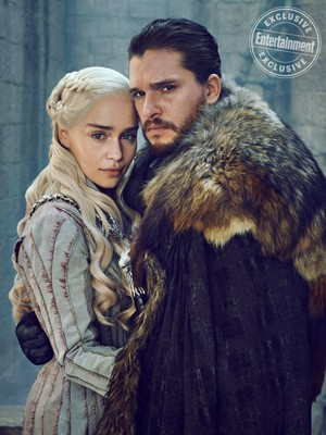 New behind-the-scenes season 8 चित्रो from EW's post-finale 'GoT' issue
