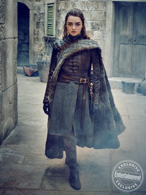New behind-the-scenes season 8 Fotos from EW's post-finale 'GoT' issue