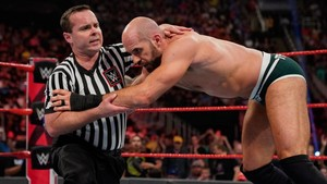 Raw 5/27/19 ~ Ricochet vs Cesaro
