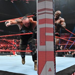 Raw 6/24/19 ~ Bobby Lashley vs Braun Strowman Tug of War
