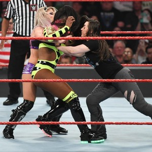 Raw 6/24/19 ~ Naomi/Natalya vs Nikki Cross/Alexa Bliss