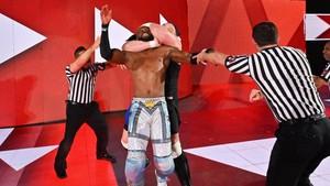 Raw 6/24/19 ~ Samoa Joe attacks Kofi