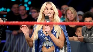 Raw 6/3/19 ~ Lacey Evans vs 샬럿, 샬 롯 Flair
