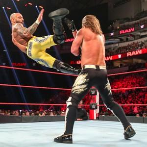 Raw 7/1/19 ~ AJ Styles vs Ricochet (US Championship)
