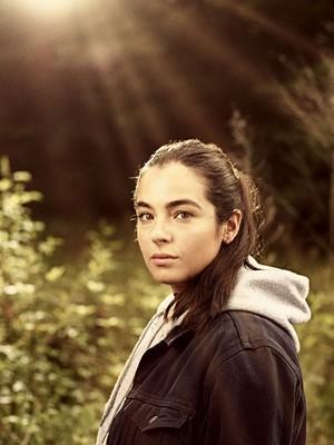 Season 9 Portrait - Tara Chambler