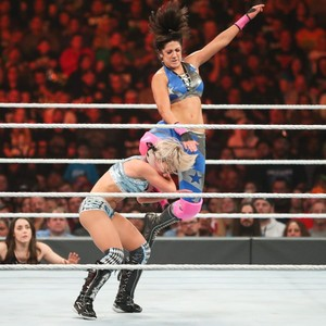 Stomping Grounds 2019 ~ Alexa Bliss vs Bayley
