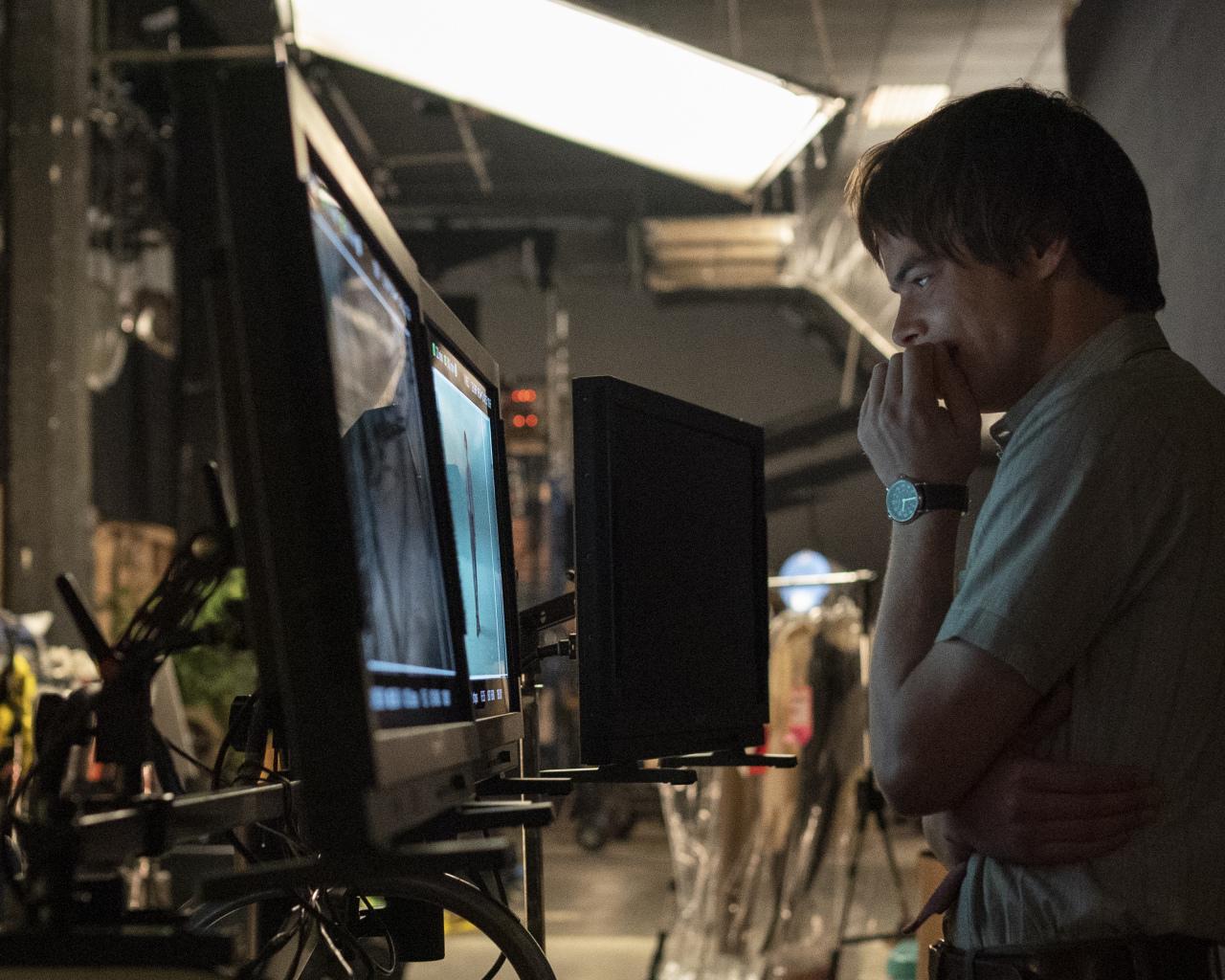 Stranger Things 3 - Behind the Scenes - Charlie Heaton