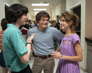 Stranger Things 3 - Behind the Scenes - Finn Wolfhard, Charlie Heaton and Natalia Dyer