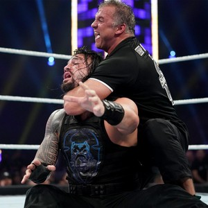 Super Showdown 2019 ~ Roman Reigns vs Shane McMahon