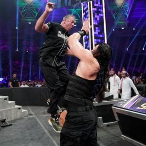 Super Showdown 2019 ~ Roman Reigns vs Shane McMahon