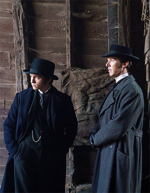 Tom Holland with Benedict Cumberbatch as Samuel Insull and Thomas Edison in The Current War