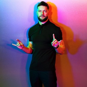 wwe Superstars stand for Pride mes