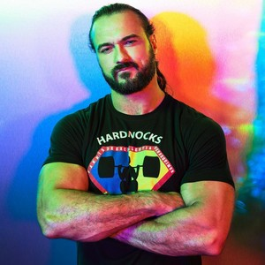 WWE Superstars stand for Pride Monat