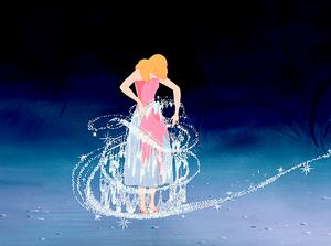 Walt Disney Screencaps – Princess Cendrillon