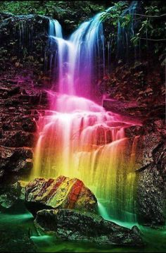 beautiful waterfalls💖🌸