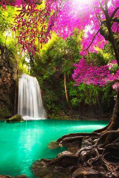 beautiful waterfalls💖🌸