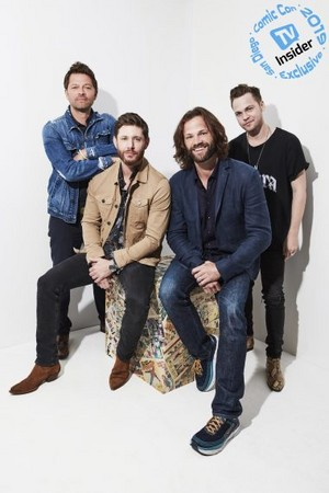 'Supernatural' Stars Celebrate Final Comic-Con -TV Insider