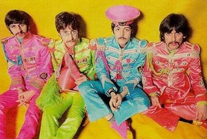 Beatles/Sgt.Pepper's Lonely Hearts Club Band