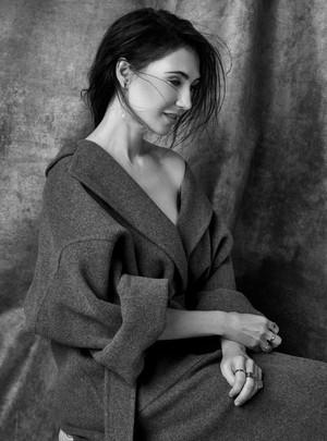 Carice van Houten - Harper's Bazaar NL Photoshoot - 2017