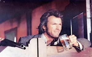 Clint Eastwood in Joe Kidd