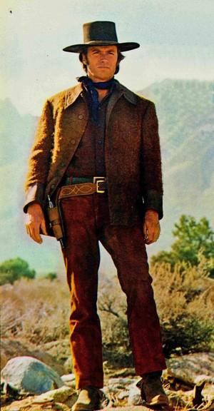 Clint in Joe Kidd