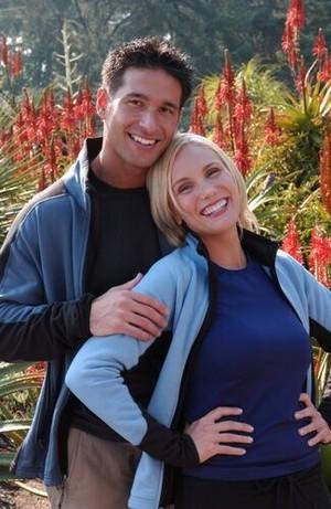 Dennis Frentsos and Erika Shay (The Amazing Race 5)
