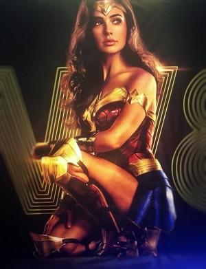 Diana Prince (Gal Gadot) Wonder Woman 1984