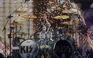 Eric ~Tinley Park, Illinois...August 16, 2014 (First Midwest Bank Amphitheatre)