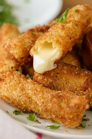 Fried mozzarella, mussarela Cheese Sticks