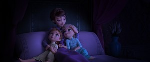 Frozen 2 D23 Anna Elsa and queen Iduna