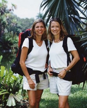 Gina Diggins and Sylvia Pitts (The Amazing Race 3)