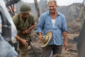 Hacksaw Ridge (2016) Behind the Scenes - Luke Bracey and Mel Gibson