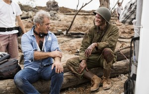 Hacksaw Ridge (2016) Behind the Scenes - Mel Gibson and Andrew গার্ফিল্ড