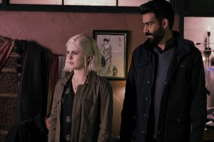 """Izombie """"Night and the Zombie City"""" (5x10) promotional picture"""