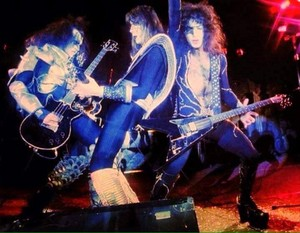 Kiss -Fort Worth, Texas...August 11, 1976 (Tarrant County Convention Center)